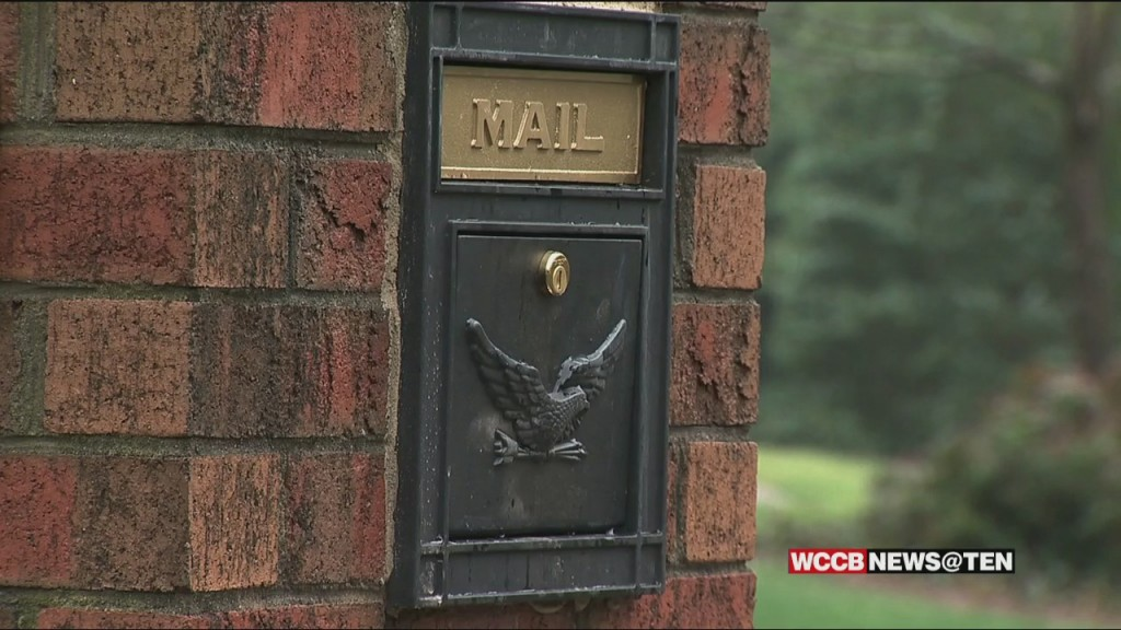 Some Charlotte Residents Say A Man Dressed As A Woman Is Stealing Their Mail