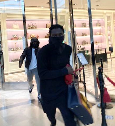 Thieves Steal 16k Worth Of Purses From Southpark Mall