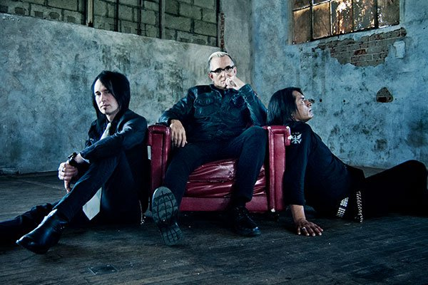 Everclear Summerland Tour Wccb Charlotte Text2win Feature Image