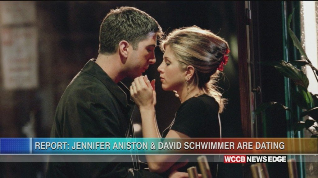 Friends Co Stars Jennifer Aniston & David Schwimmer Rumored To Be Dating