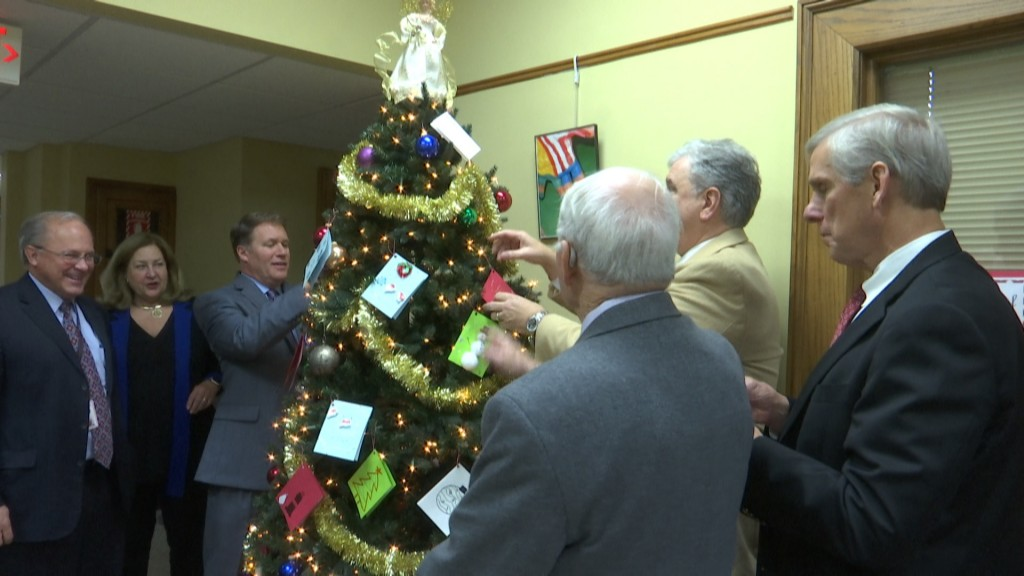 Chattanooga Judges Decorating Christmas Tree