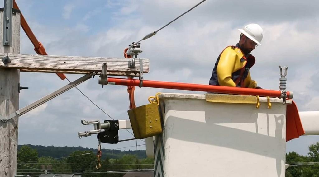 Sequachee Valley Electric Lineman