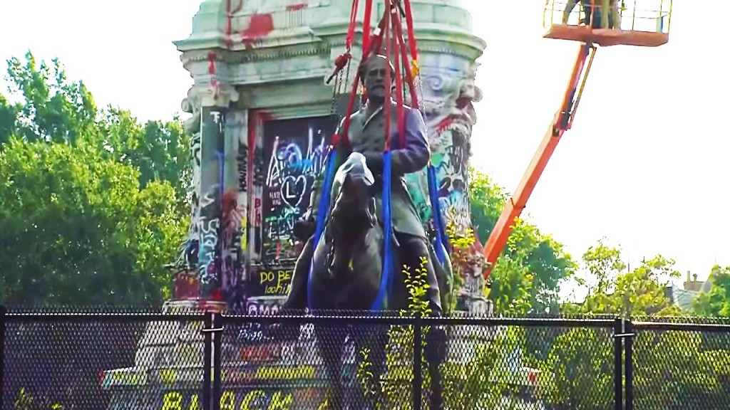 Confederate general Robert E. Lee Monument Removed in Richmond, Virginia, Photo Date: 9/8/2021