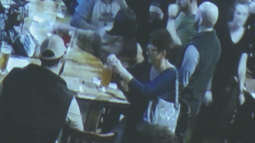 Janet Hinds Drinking