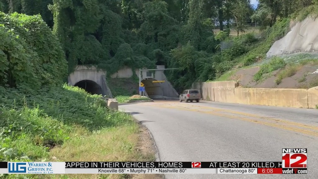 East Ridge Tunnel Reopened After Truck Got Stuck