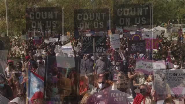 Womens March On Washington Draws Thousands