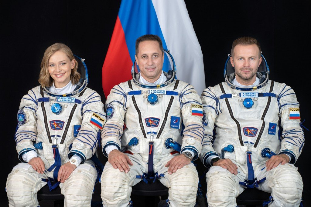 Russian Crew Wraps Trailblazing Movie In Space, Ready To Return To Earth