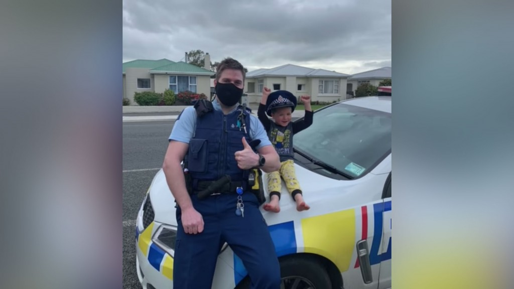 New Zealand Police Respond To 4 Year Old's Adorable Emergency Call