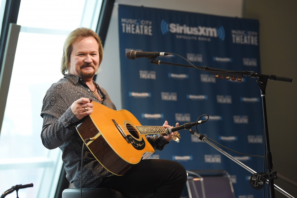 Travis Tritt Cancels Concerts At Venues With Covid Safety Measures