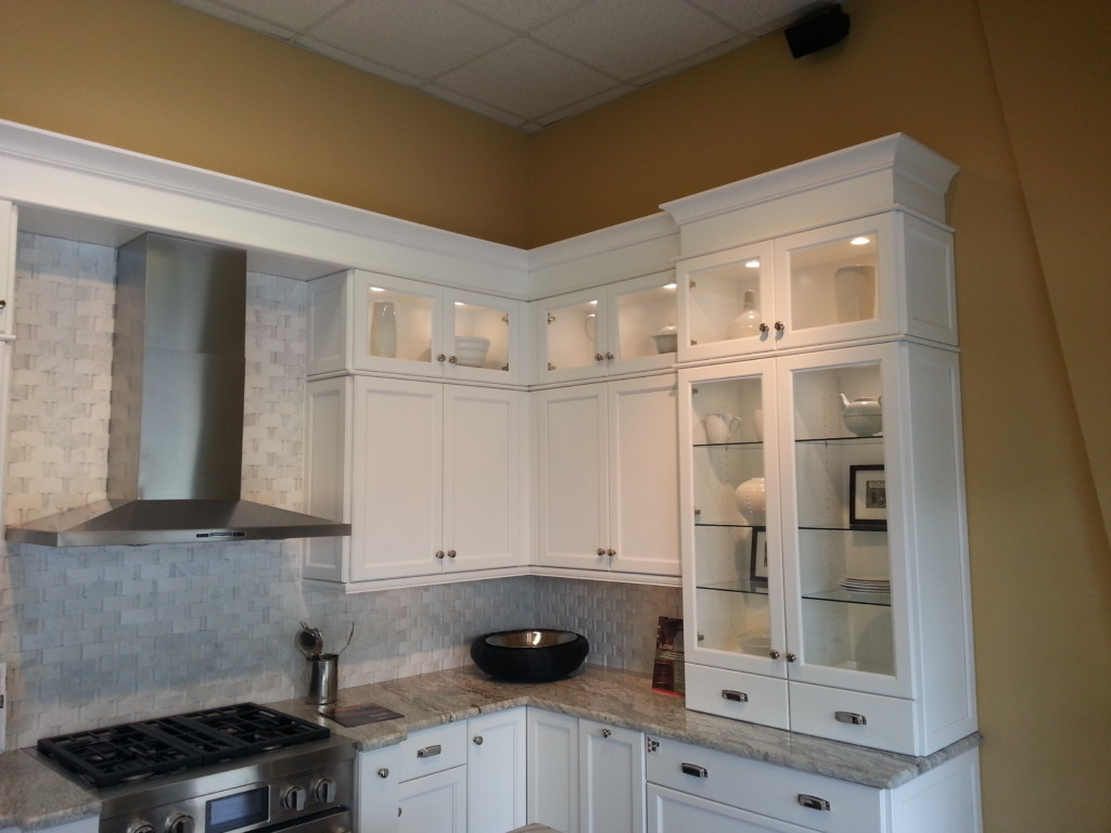 Kitchen Bling Decorative Moldings And Hardware Wilma Magazine