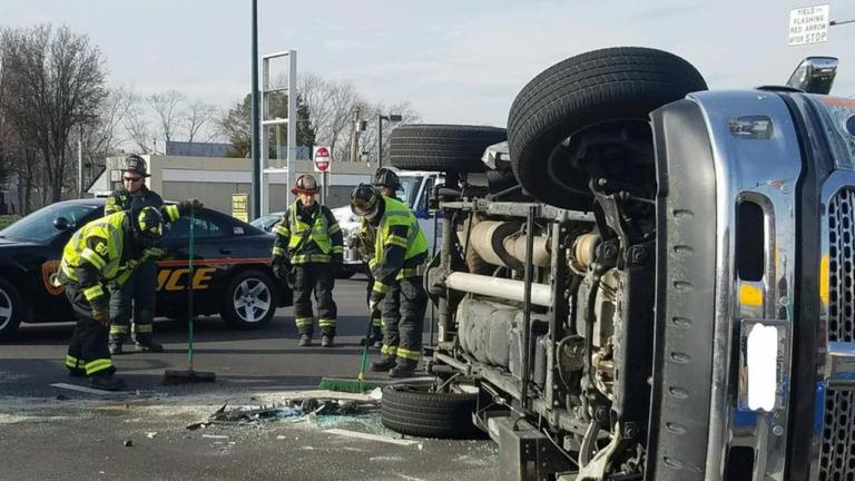 Easton Police investigating Route 50 pickup truck crash - 47abc