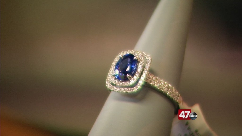 Kuhns Jewelers Doing Showcases