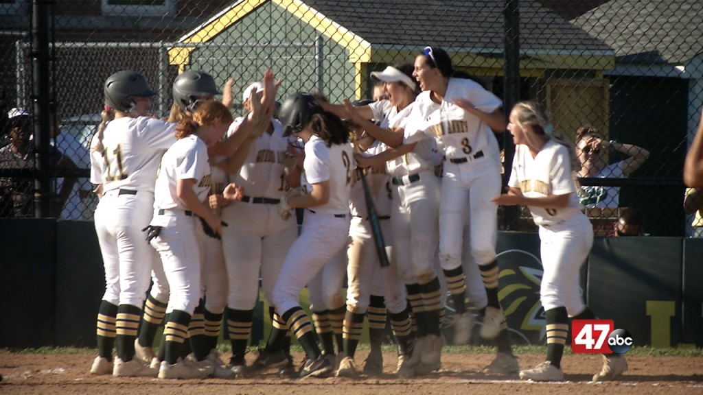 Queen Anne's Softball Powers Past Eastern Tech, 11 5