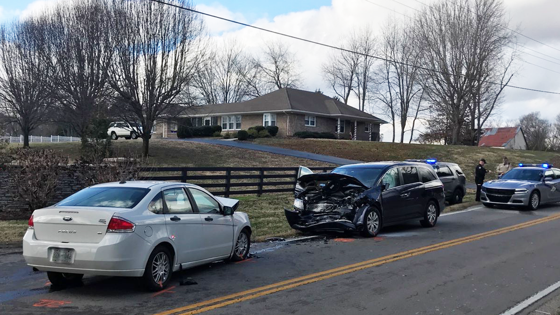 Honda Bowling Green Ky >> Three children hospitalized after vehicle crash in Warren