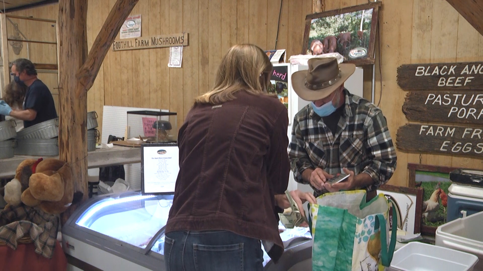 Famers markets stay open during pandemic – WNKY 40 News