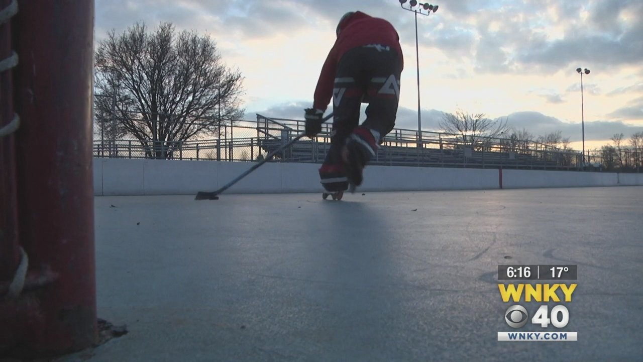 Teen returns to hockey after losing most of the fingers on one hand – WNKY 40 News