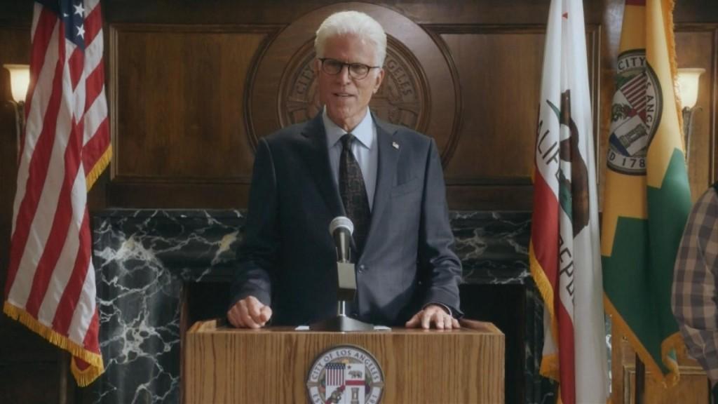 """""""mr. Mayor"""" Arrives On Nbc"""