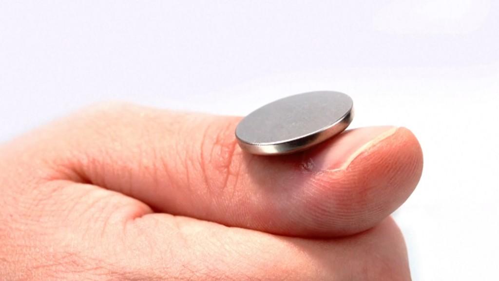 Button Battery