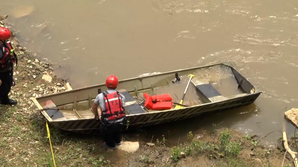 Drunk Boating Meghann 07022100 00 45 24still001