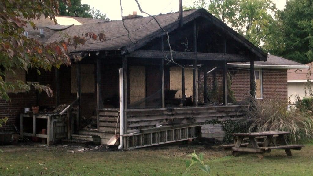 Hampton Fire Meghann 1042100 00 43 11still001