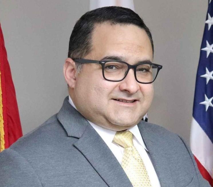 Img 0714 Lic Rafael S Alvarado Noriega Presidente Junta Directores Asociacion De Hospitales Pr
