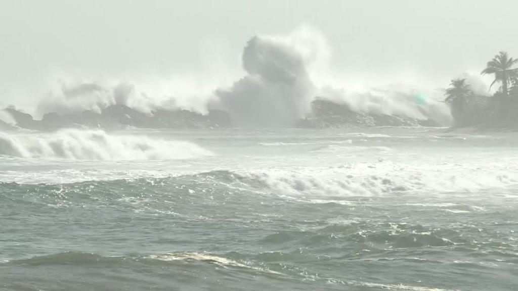 180929190532 Marejadas Puerto Rico Inundaciones Costeras Pkg Rivera 00000424 Full 169
