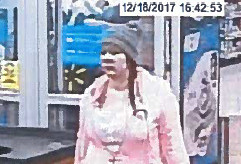 Woman accused of shopping with a stolen credit card in Boyd County