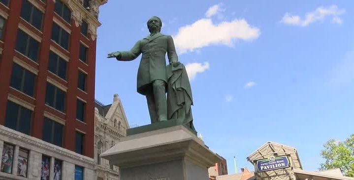 Confederate statue in downtown Lexington 8-15-17