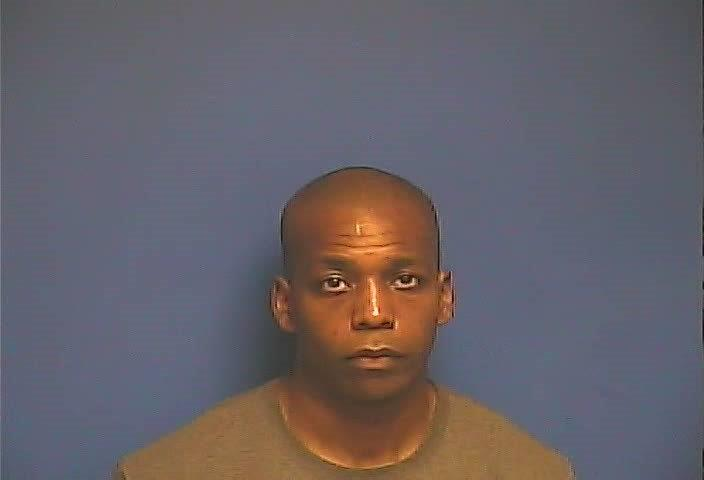Hickman city police officer James Blakney arrested on warrant 8-17-17