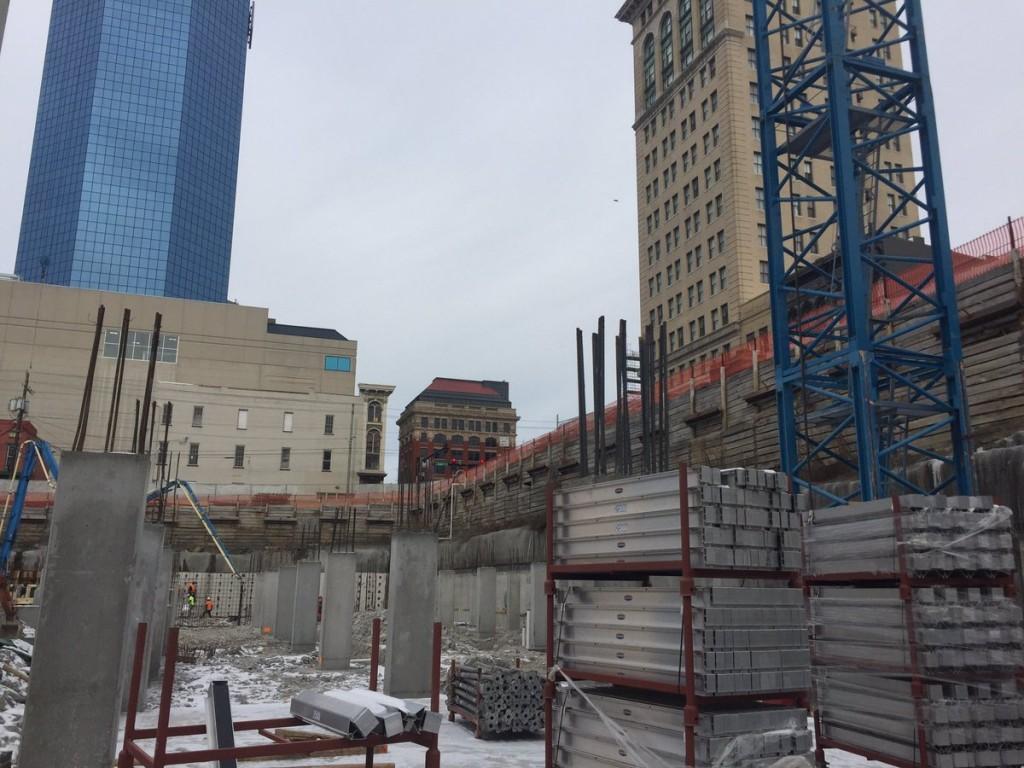 CentrePointe parking garage construction downtown Lexington 1-9-17