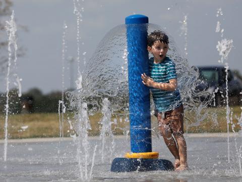 Lexington opens first Sprayground in Masterson Station Park 9-18-17
