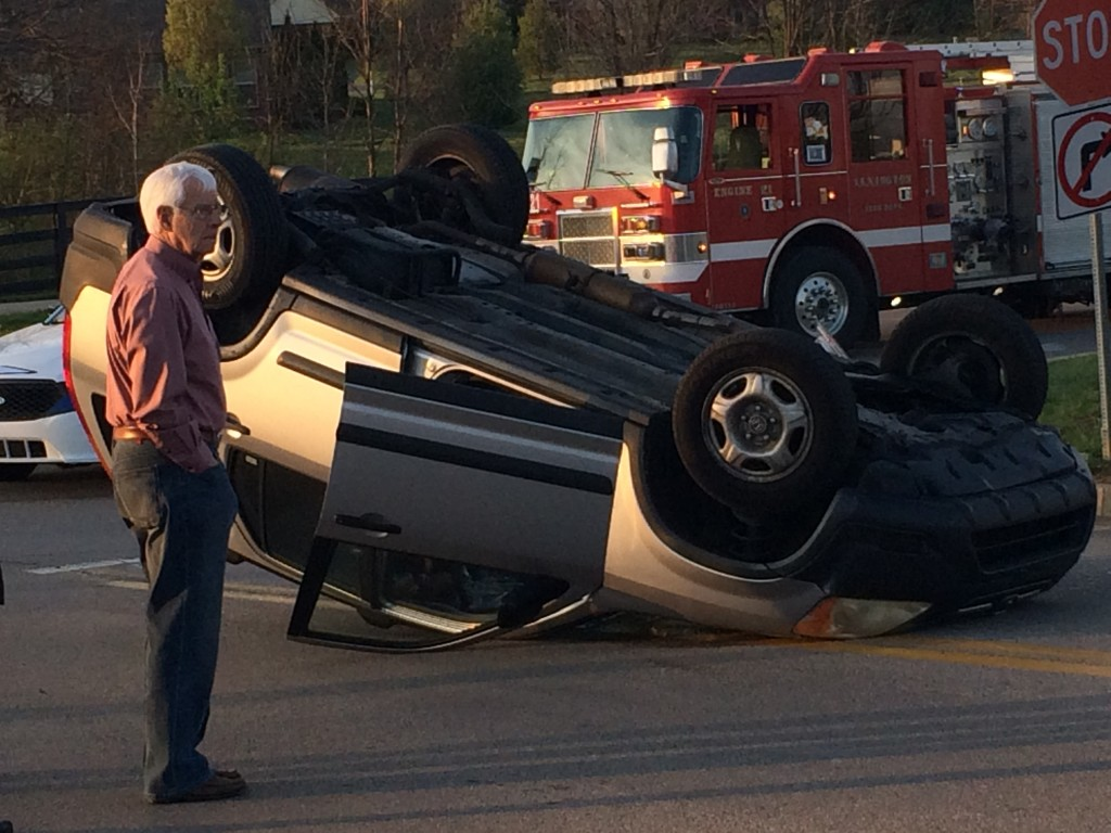 SUV ends up on its top after collision with Toyota on Hays Boulevard in Lexington 4-4-17