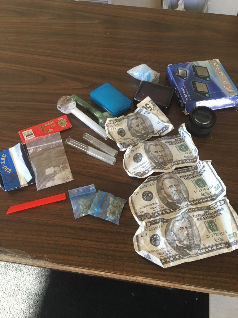 Drugs and counterfeit money seized during traffic stop I-75 Whitley County 10-5-16 Tony Burks arrested