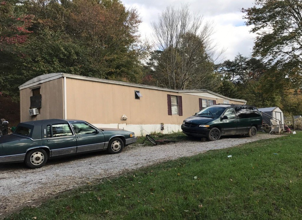 Seven people arrested on drug charges at this home on Kentucky Hollow Road in Laurel County 10-24-17