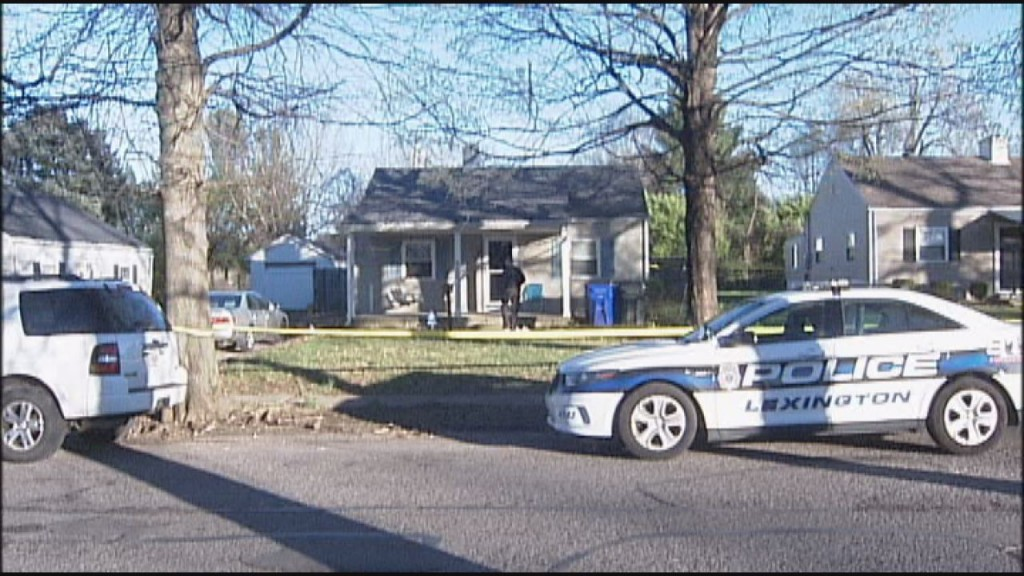 Man  found shot on porch of home on Marcellus Drive in Lexington 4-7-17