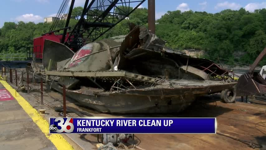 Sunken boats pulled from Kentucky River in Franklin County and Frankfort
