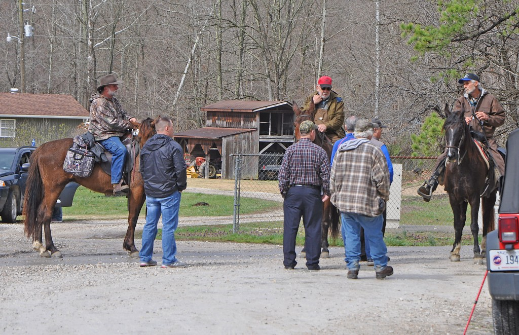 Search teams on horseback in Lewis County looking for missing man