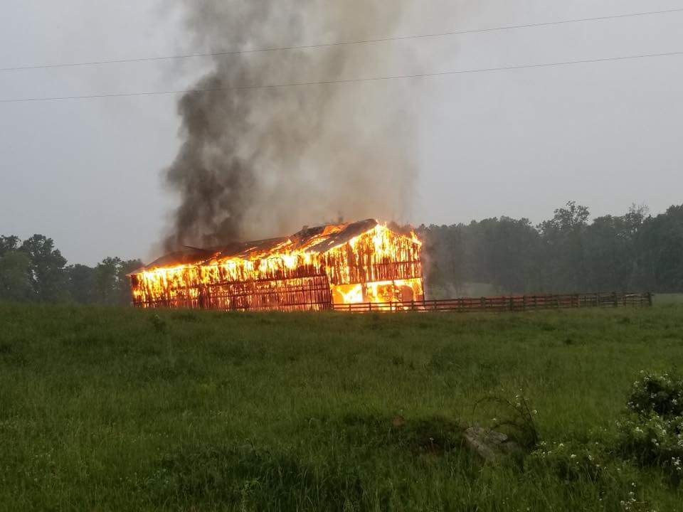Lightning blamed on fire that destroyed a hay barn in Pulaski County 5-18-18