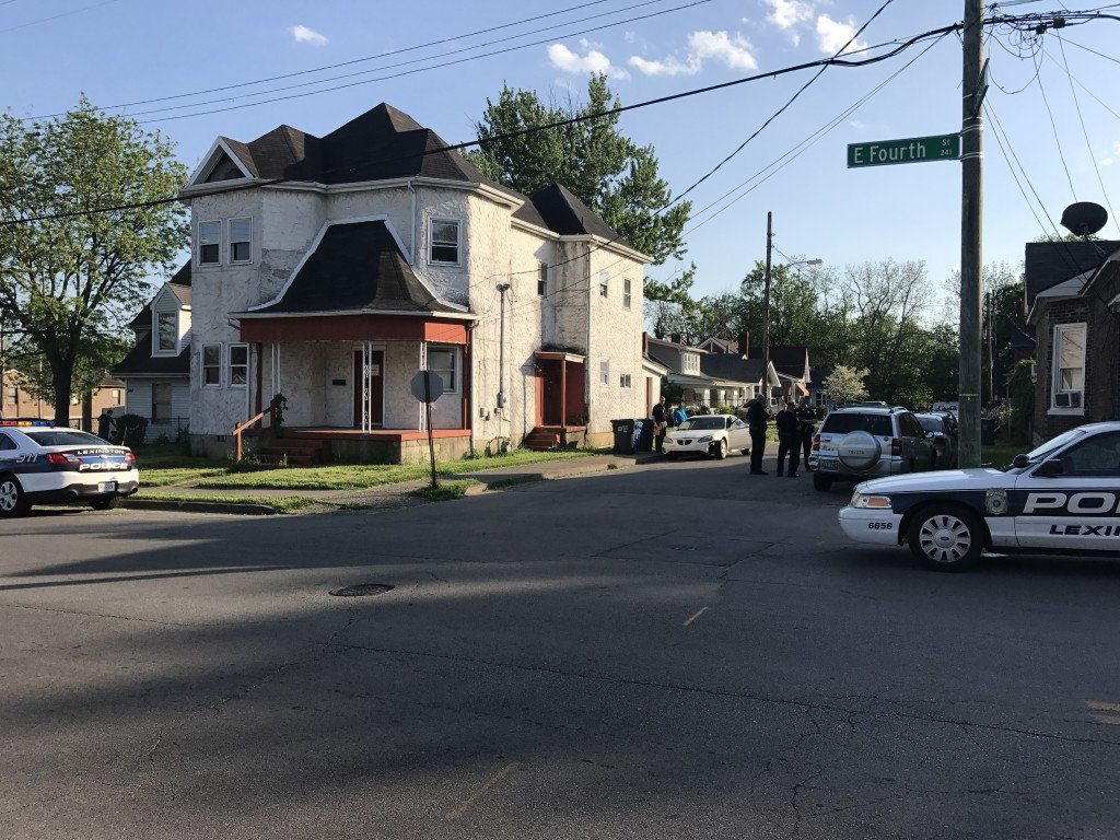 Shots fired at man as he ran away from two armed robbers on Campsie Place near Fourth Street in Lexington 5-10-18