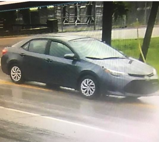 Image of getaway car from armed bank robbery at The Casey County Bank in Dunnville on 6-25-18