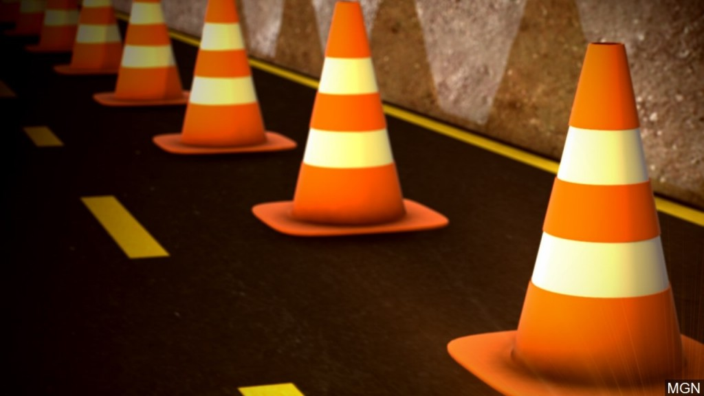 Lane closures are planned on an Ohio River Bridge that connects Louisville to southern Indiana so that expansion joint repairs can be made.