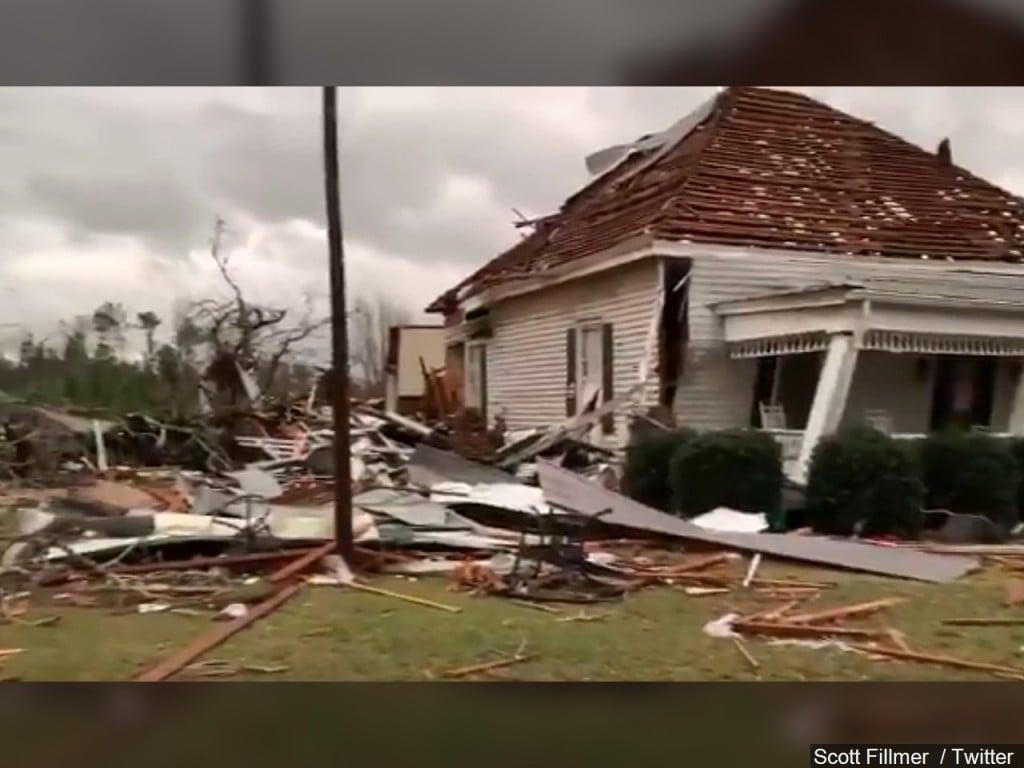Tornado damage in Bearegard Alabama