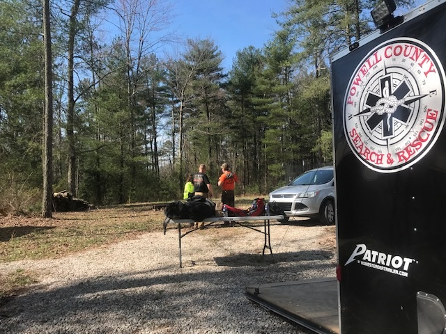 Hikers rescued at Red River Gorge.