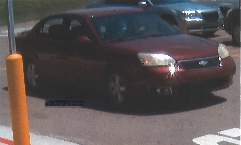 Suspect vehicle from inverter generator theft from parked trailer at Walmart in Hanson in Hopkins County on 6-28-19