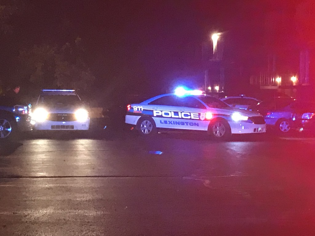 Man found shot at Fayette Crossing Apartments on East Reynolds Road in Lexington 9-3-19