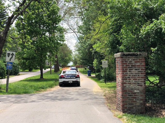Veteran with gun threatening to harm himself and police on Mariemont Drive in Lexington 5-17-20 (scene)