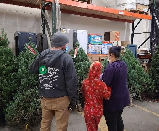 Lexington ReUse Center's Christmas tree giveaway