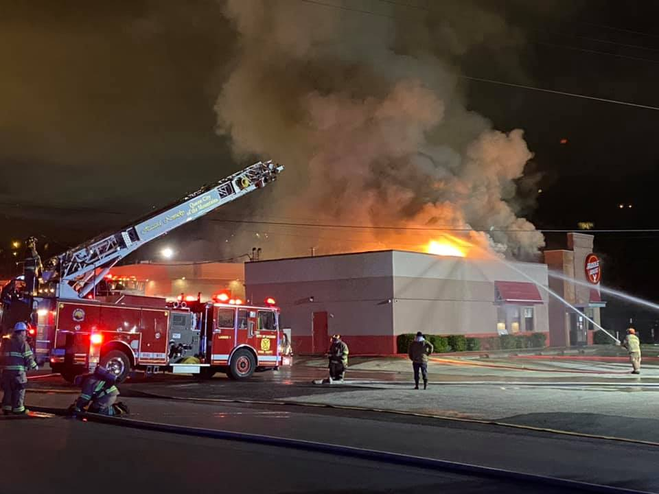 Huddle House in Hazard catches fire 12-9-20.
