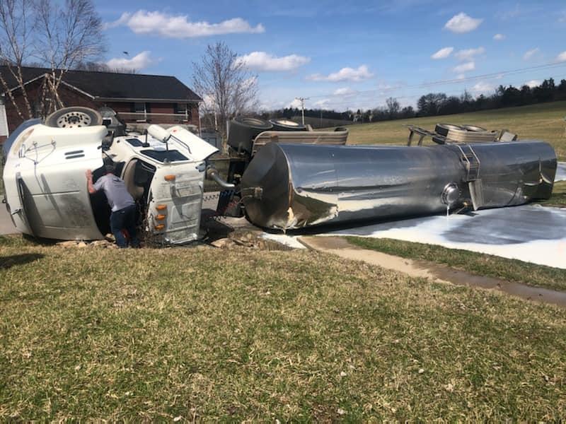 Milk Truck crash/City of Lawrenceburg