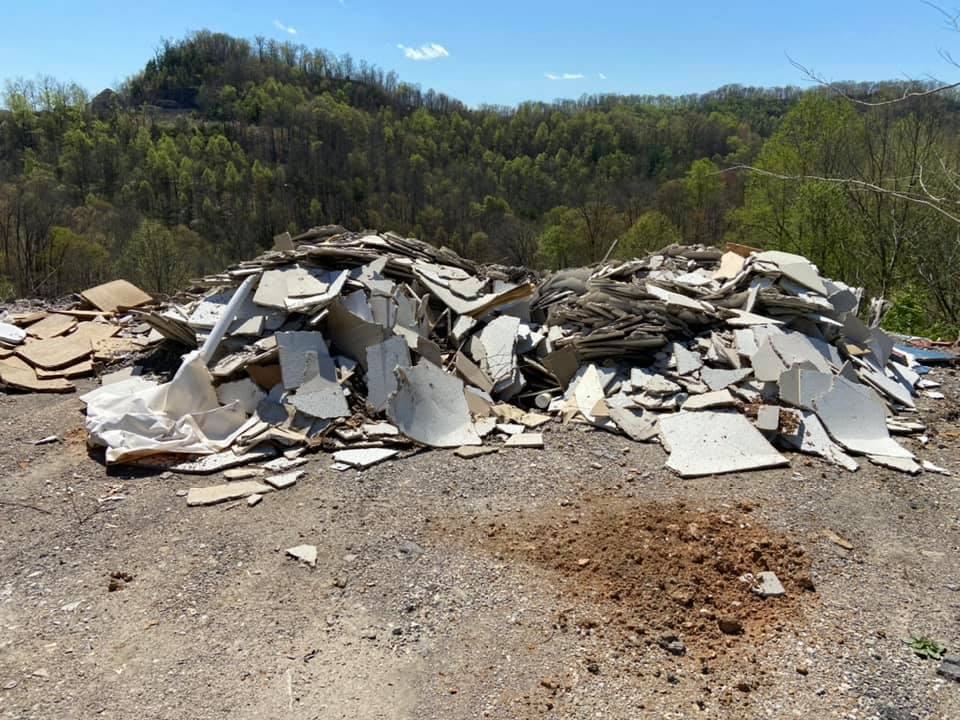 illegal dump in Perry County 4-14-21